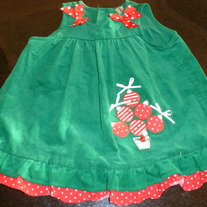 GREEN CHRISTMAS DRESS SIZE 24 MONTHS