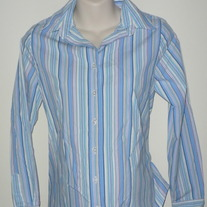 Blue/Pink/White Button/Collar Shirt-Liz Lange Maternity Size Small