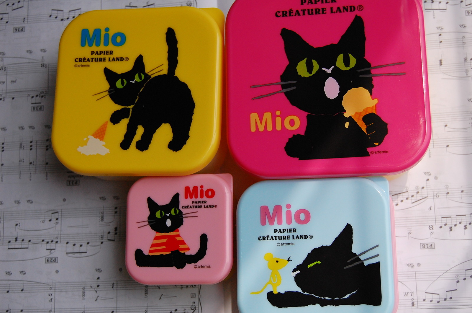 japanese square bento lunch box set of 4 mio free shipping thelittlebow online store. Black Bedroom Furniture Sets. Home Design Ideas