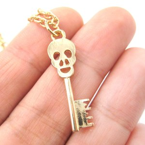 Skull Shaped Key Skeleton Pendant Necklace in Gold