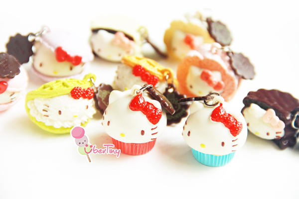 Hello Kitty Re-ments Creamy Sweets Mascot blind packet edition