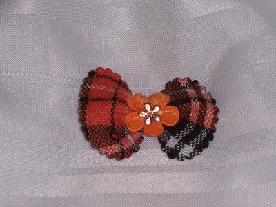 Padded gingham bow pair