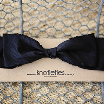big silk knotiebow headband - black