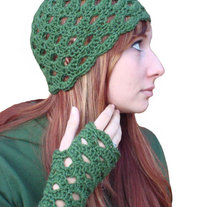 Cloche-gloves-1_medium