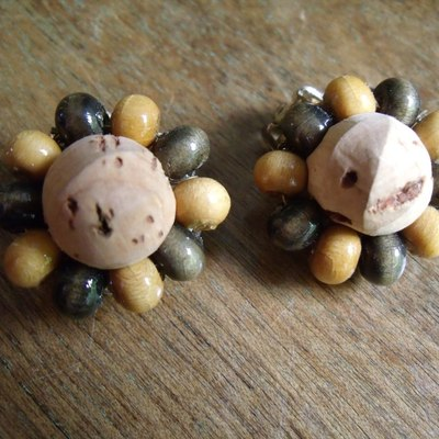Cork and wood vintage clip on earrings