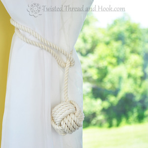 1 Pair of Monkey Knot Curtain Tiebacks with Half Loop- Nautical decor tiebacks - Rope Decor - Rope tiebacks