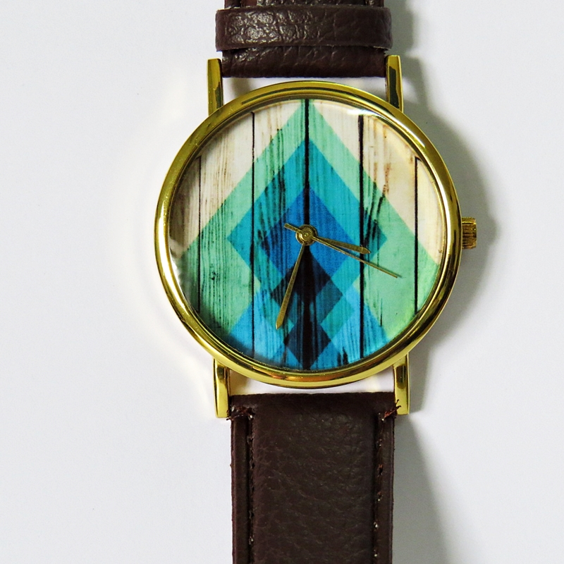 Rhombus gradient on wood watch vintage style leather watch women watches unisex watch for Gradient dial watch