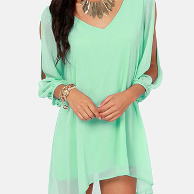 Loose-fitting chiffon dress