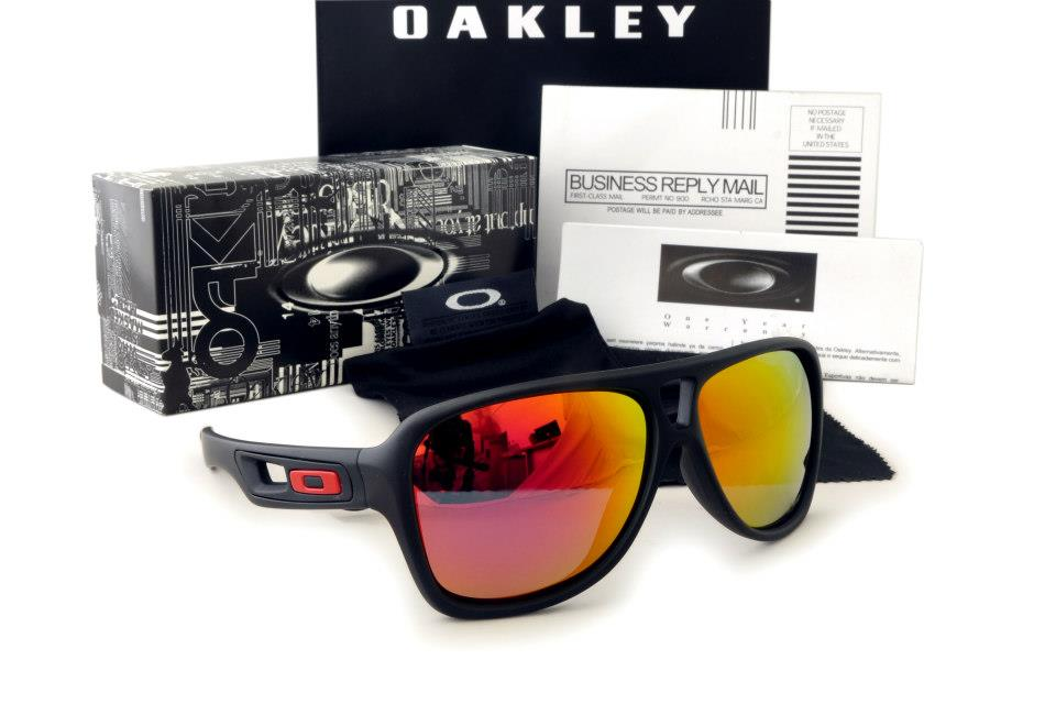 Oakley Dispatch Bruce Irons