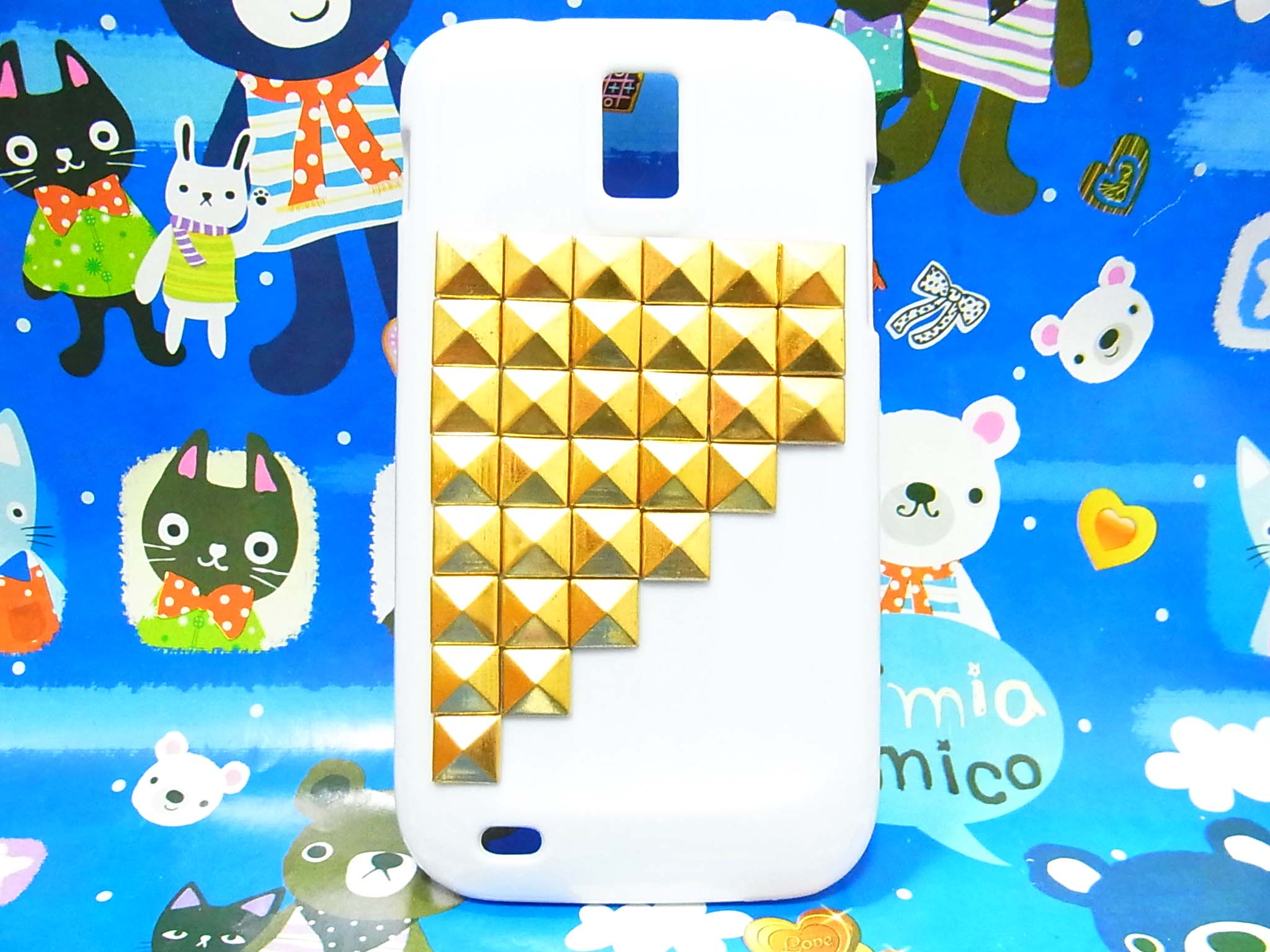 Displaying 18u0026gt; Images For - Iphone 5 Cases Gold Studs...