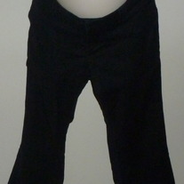 Black Capri Pants-Old Navy Maternity Size 8  02122