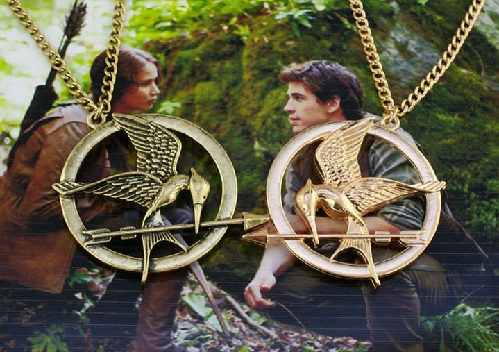 Hunger games mockingjay pendant necklace happiheart designs hunger games mockingjay pendant necklace thumbnail 2 mozeypictures Image collections