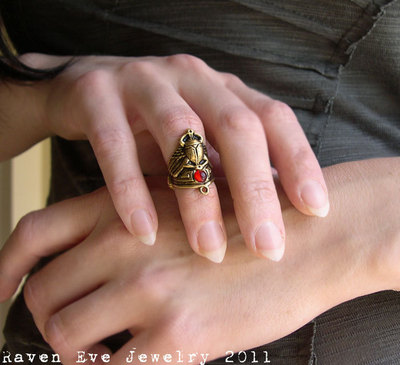 winged scarab armor ring knuckle ring with vintage glass stone silver or gold tone