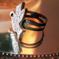 Handmade Rhinestone Sparkly Swallow Adjustable Ring
