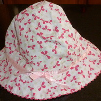 White/Pink Floral Hat with Pink Ribbon Size 0-3 Months