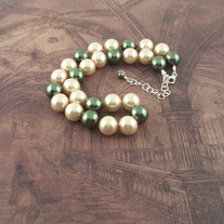 Green and Cream Pearl Necklace