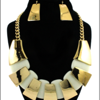Gold and Cream Necklace Set