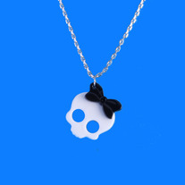 Acrylic Skull With Bow Necklace