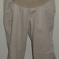 Khaki Capris-Oh Baby By Motherhood Size Medium  03183