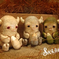 Horned Mini Sicklings