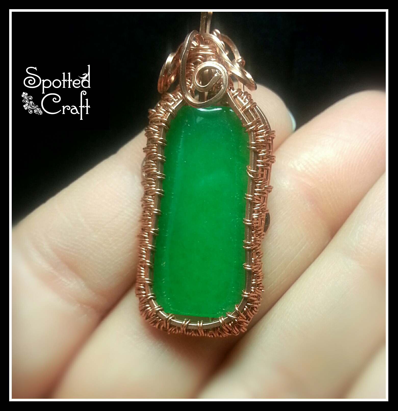 Simply elegant framed stone pendant spotted craft for Elegant stone