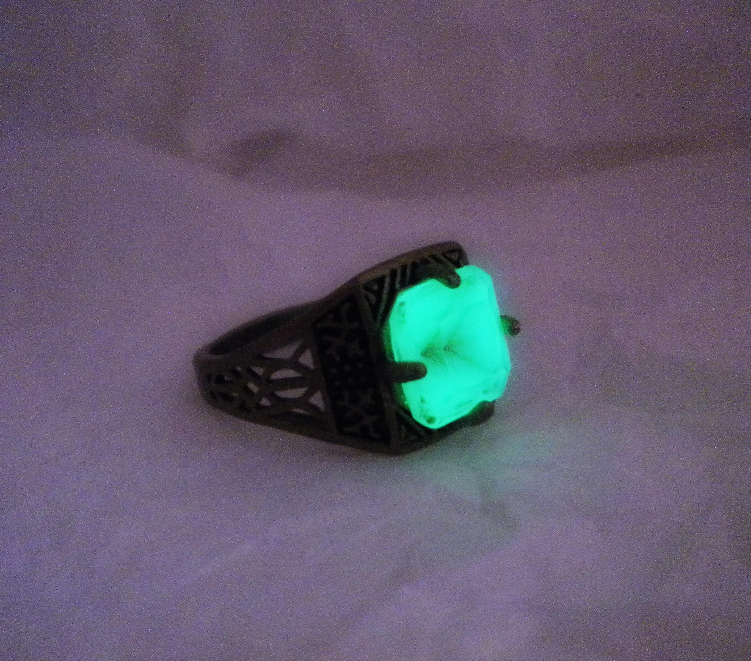 jewelers fancy hobbit tolkien glow bracelets th highglow gold rings dark of in the lord
