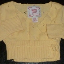 Short Yellow Sweater-Baby Gap Size 12-18 Months