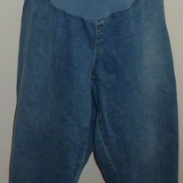 Denim Capris-Motherhood Maternity Size 3X  04072