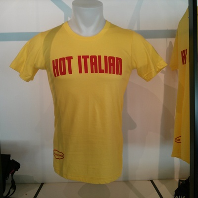 Hot italian limited edition tower records t-shirt
