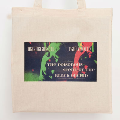 The poisonous scent... tote