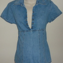 Short Sleeve Denim Shirt-Take Nine Maternity Size Medium  SF0413