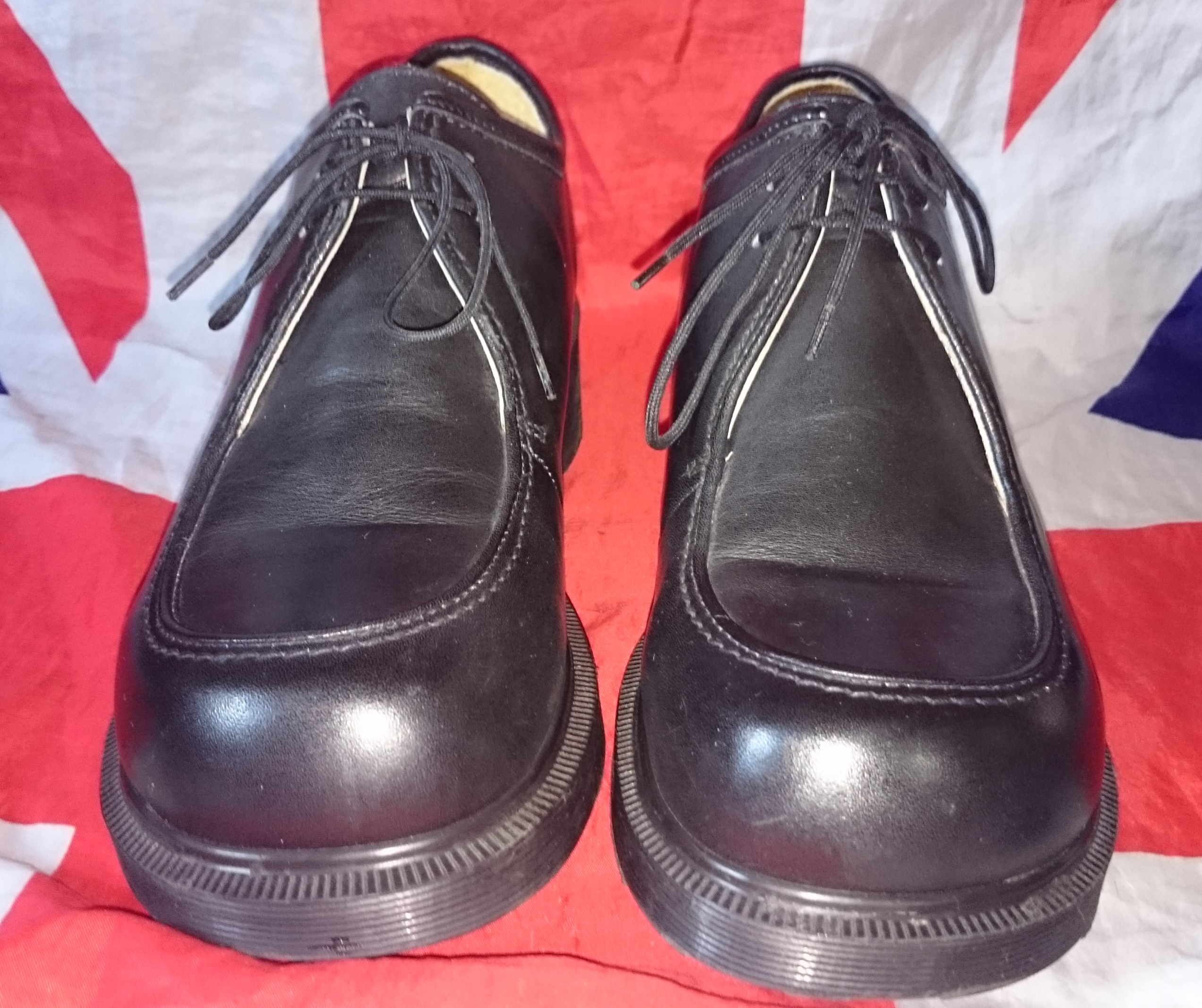 vintage chunky heel lace up dr doc martens shoes