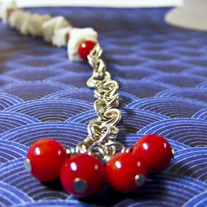 Tengoku Red and White Good Luck Necklace