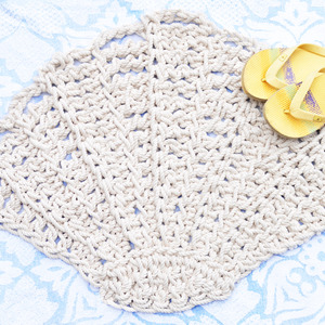 Scallop Seashell Bathmat - Rope Rug - Shell Mat for Beach Decor