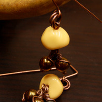 Cream and Hematite Drops Dangle Earrings