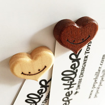 Woodhearts_magnets03_medium