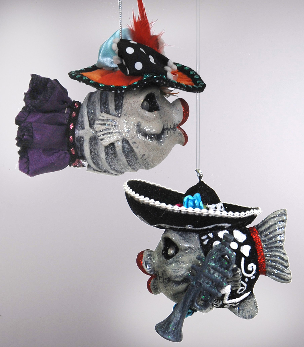 Kissing fish ornament - Mariachi And Catrina Kissing Fish Ornaments Katherine S Collection