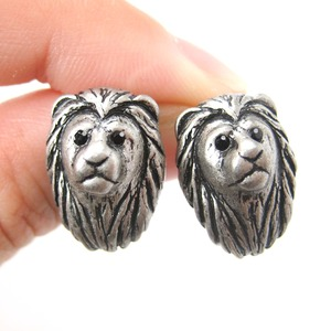 Realistic Lion with Mane Cat Shaped Stud Earrings in Silver