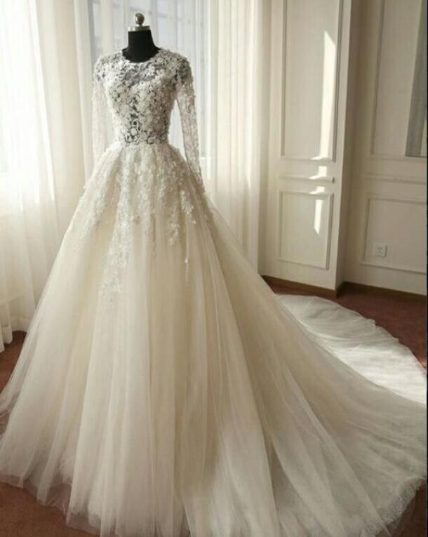 A268 Beautiful Long Sleeves Wedding Dress Ivory Tulle Lace Wedding