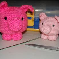 Two_little_pigs_medium