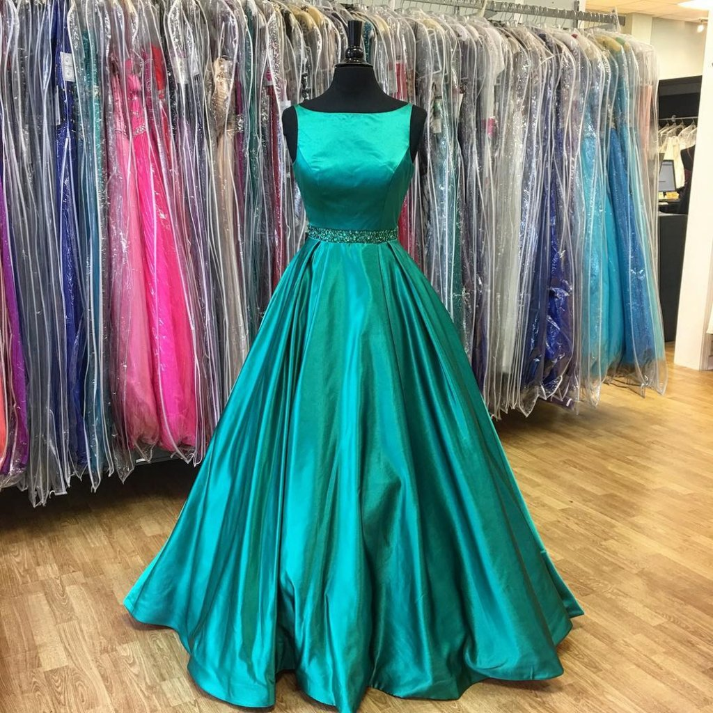 Elegant A Line Bateau Sleeveless Long Promevening Dress With