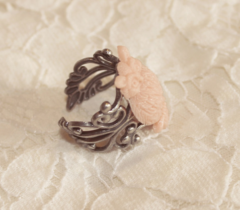 Owl Ring {Blush}