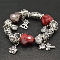 Red_20silver_20bead_20bracelet_medium