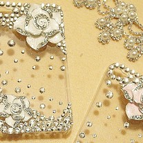 New Bling Crystal Camellia Flower on Transparent Case for iPhone 4/4S