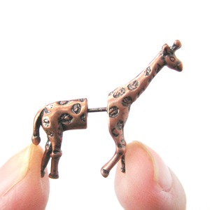 3D Fake Gauge Realistic Giraffe Animal Stud Earrings in Copper