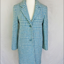 Blue and White Hounds-tooth Coat