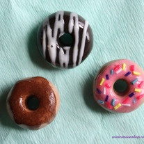 Kawaii_20donut_20magnets_medium