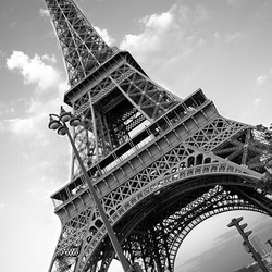 Paris-france-eiffel-tower-black-and-white