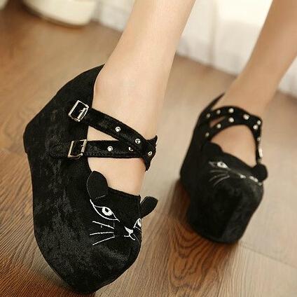 Mbt Panda Red Women Sandals