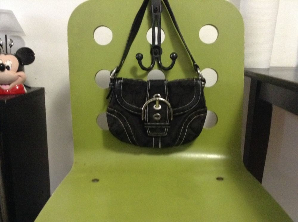 Authentic Coach Black Designer Signature C Black Buckled Handbag/purse (20315914 FURBUYSPLUS TOO!!) photo